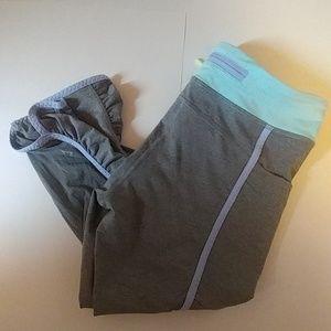 Ivivva quick trip crop leggings